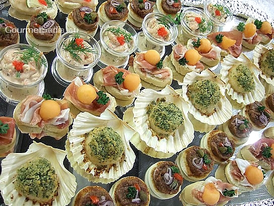 Ap ritif aux canap s hors d 39 uvres et finger food plats for Canape hors d oeuvres difference
